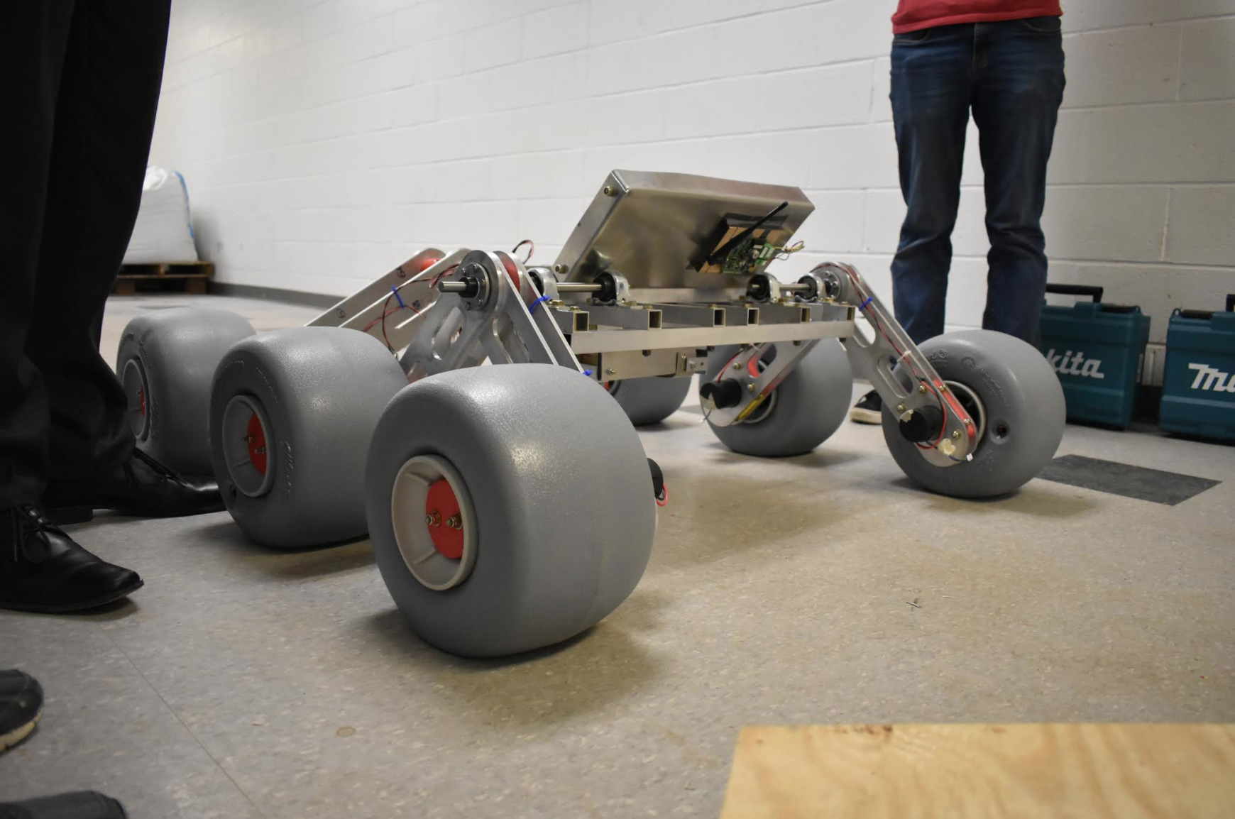 Robot Design Team competes to build rovers for Mars