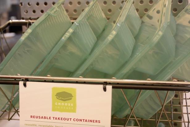 ECampus Dining pilots reusable container program
