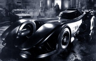 Batman-batman-returns-batmobile-550x352