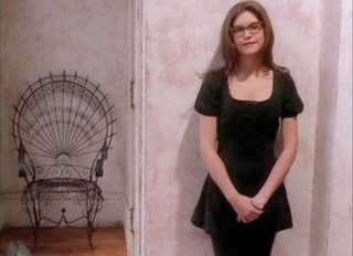 Photo-of-lisa-loeb-from-the-stay-video-500x362