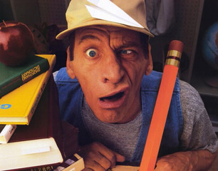 Ernest_goes_to_school