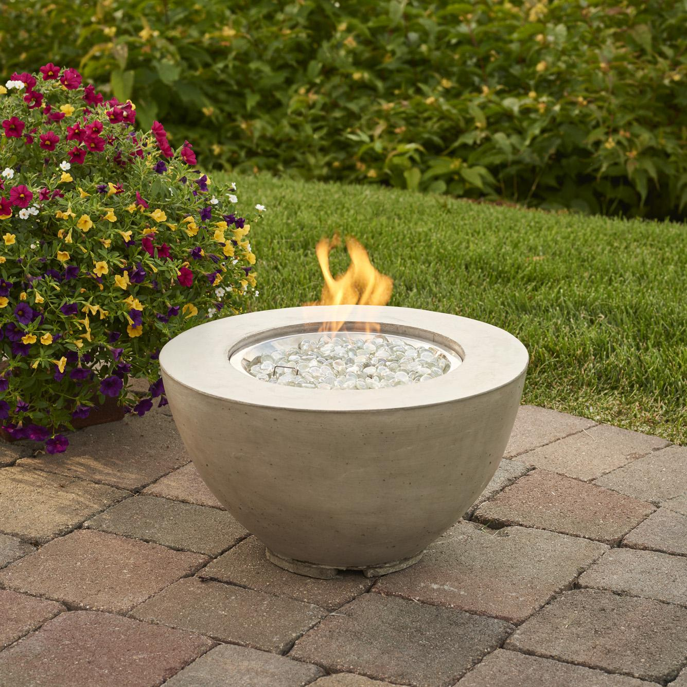 Outdoor GreatRoom Cove 19-Inch Round Natural Gas Fire Pit...