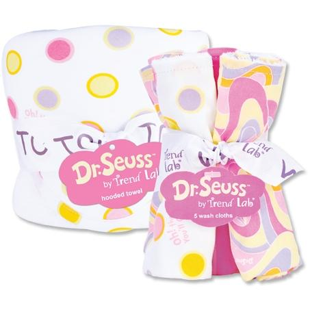 Trend Lab Hooded Towel And Washcloth Set - Dr Seuss Oh The Places Pink