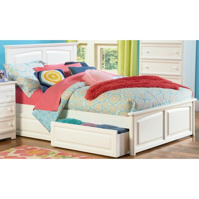 Atlantic Furniture 1042220 Monterey Twin Bed Raised Panel Footboard Style White