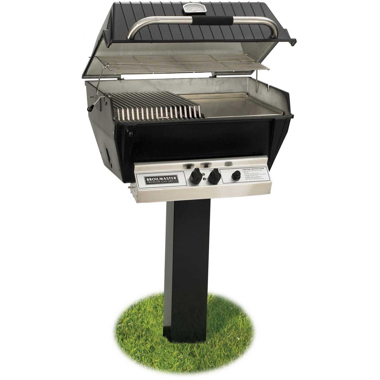 Broilmaster P3-SX Super Premium Propane Gas Grill On Black In-Ground Post 2824428