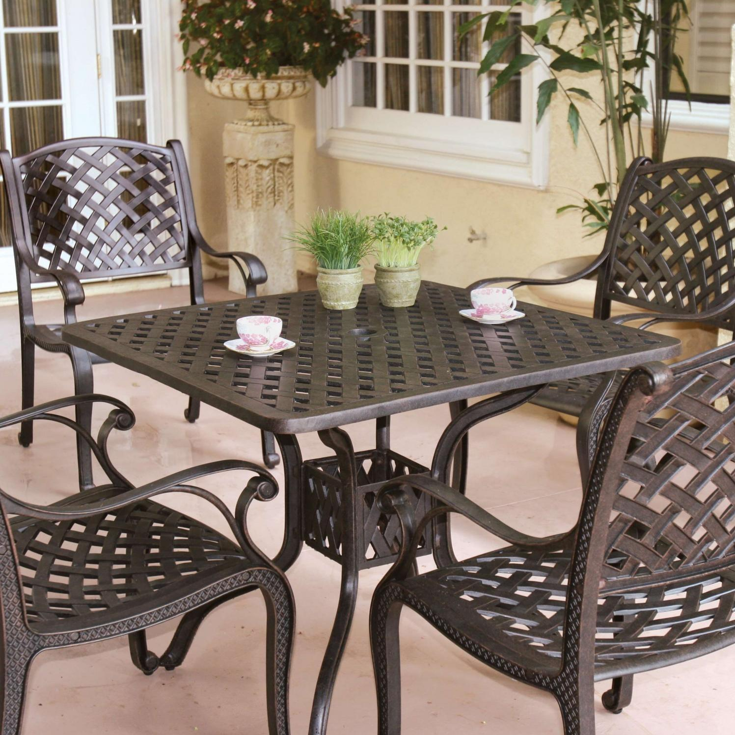 Darlee Florence 8 Person Cast Aluminum Patio Fire Pit