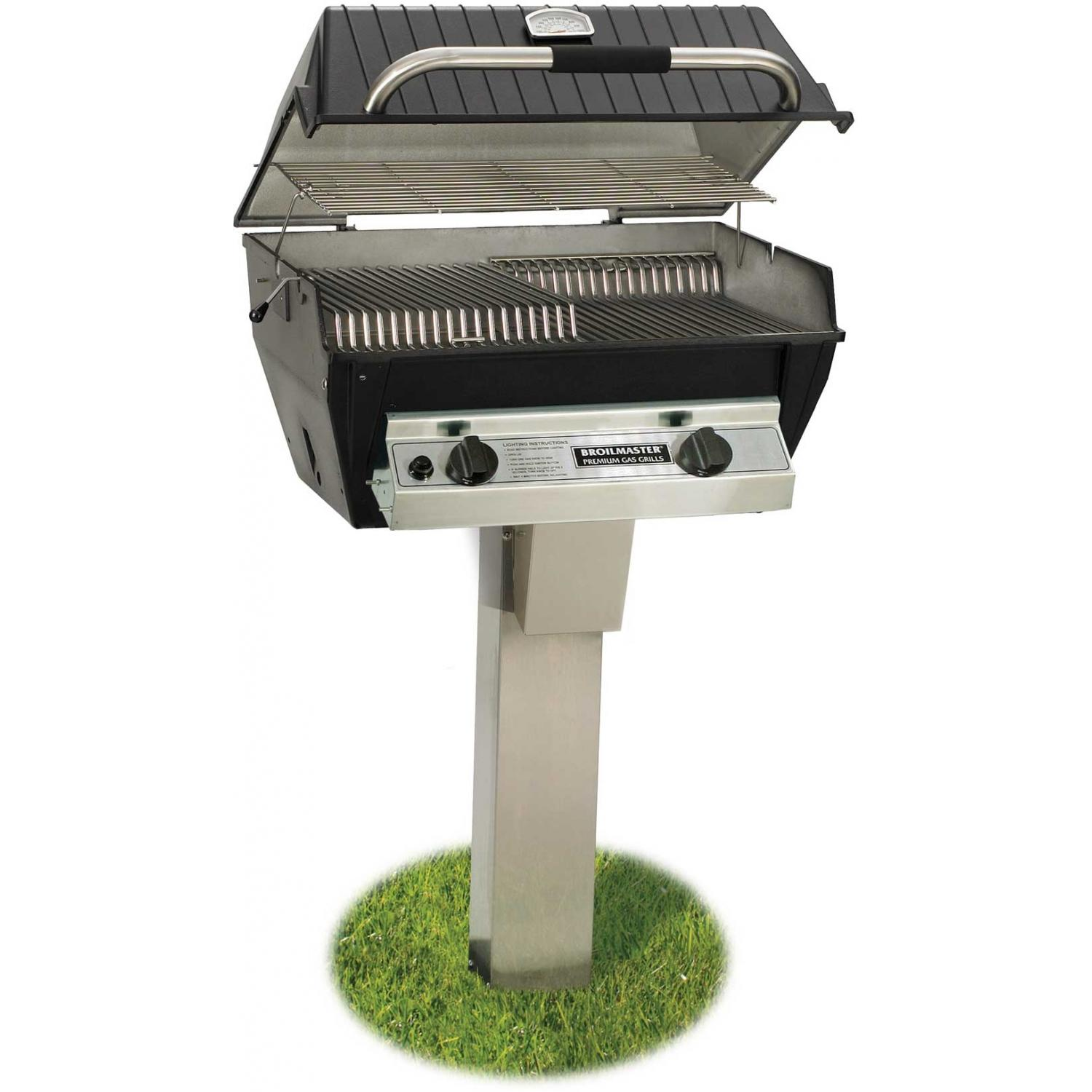 Broilmaster R3 Infrared Propane Gas Grill On Stainless Steel In-ground Post