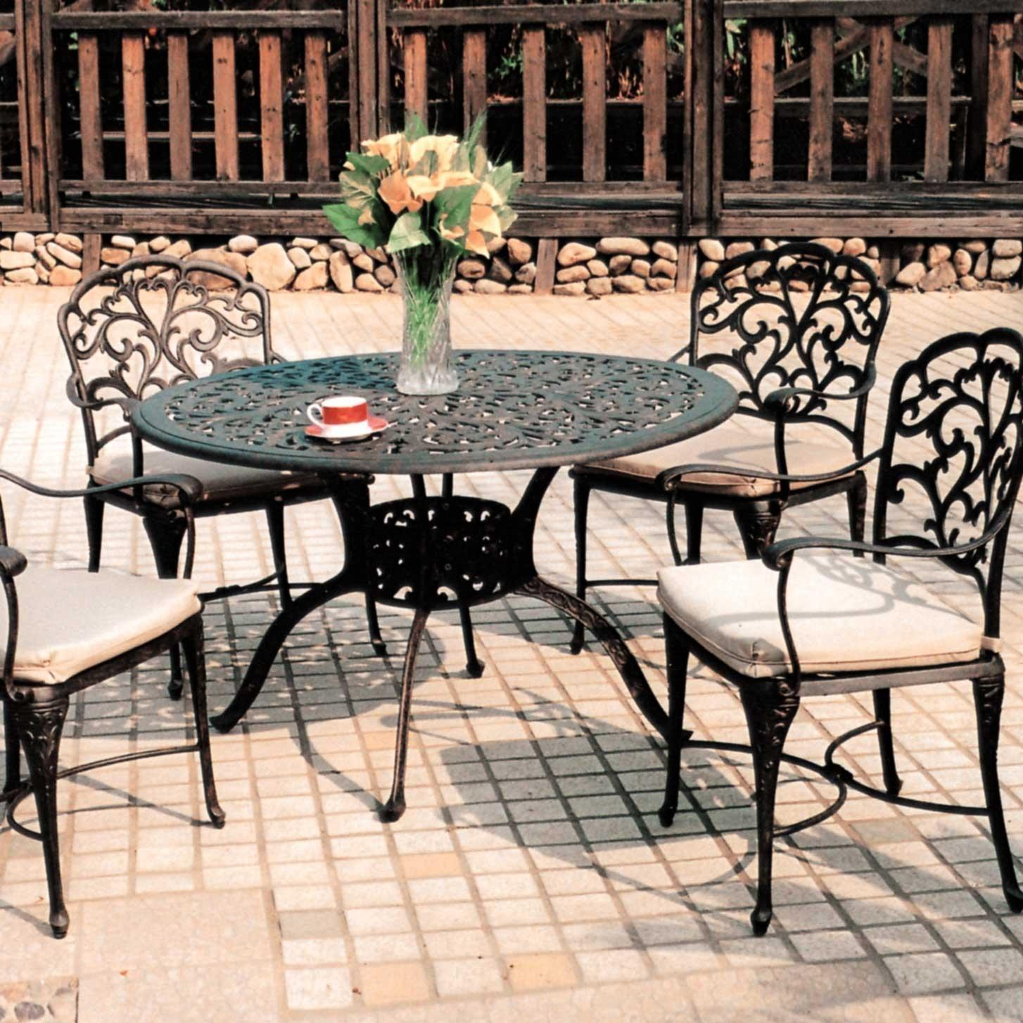 Darlee catalina 4 person cast aluminum patio dining set for Outdoor dining sets for 4
