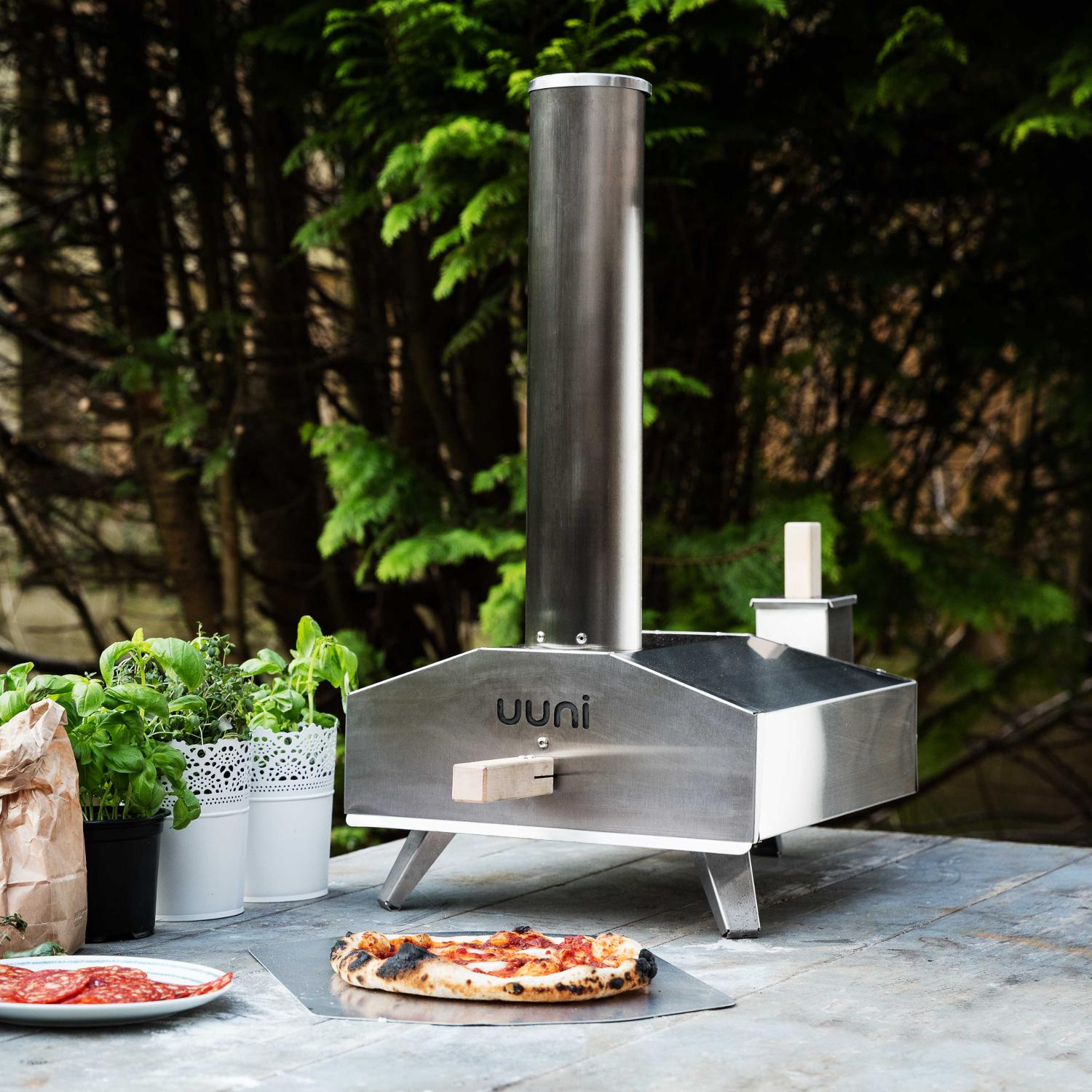 Ooni Uuni 3 Portable Outdoor Wood-Fired Pellet Pizza Oven - Stainless Steel - UUNI-3A