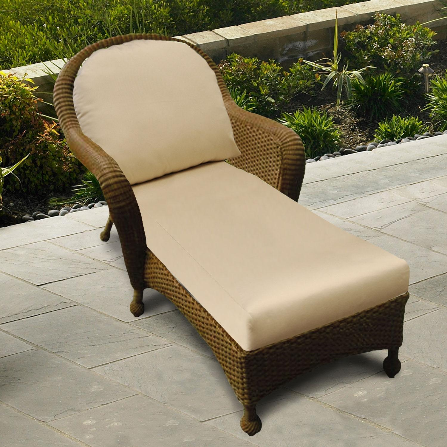 Furniture outdoor furniture chaise cedar chaise for Cedar chaise lounge