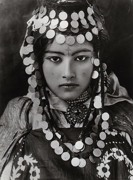 Woman from the Ouled Naïl