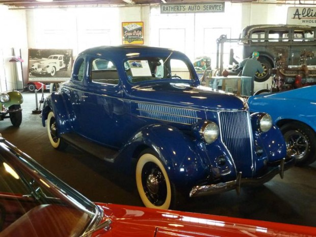 1936 Ford Deluxe Coupe 5-Window