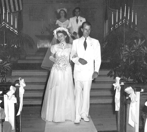 John Fitch marries Elizabeth Huntley