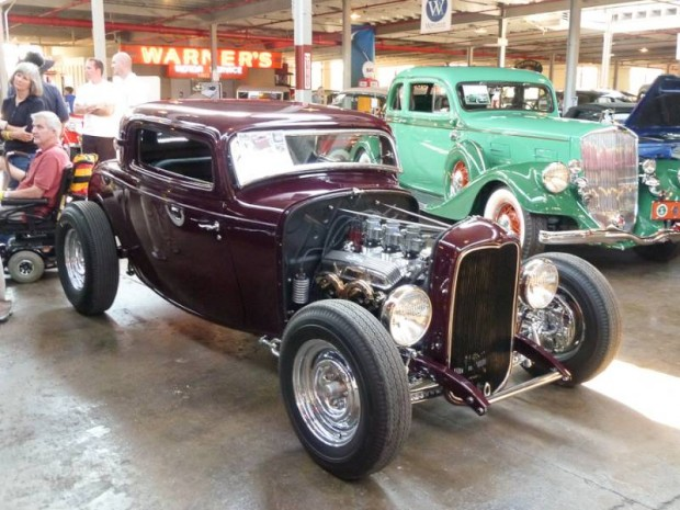 1932 Ford Coupe 3-Window Hot Rod