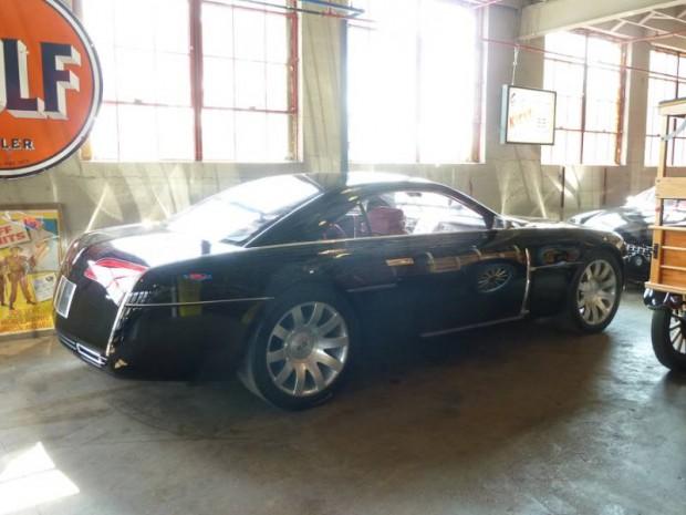 2001 Lincoln MK IX Concept Car Coupe