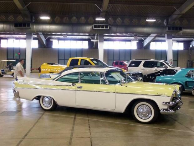 1957 Dodge Coronet 2-Dr. Hardtop