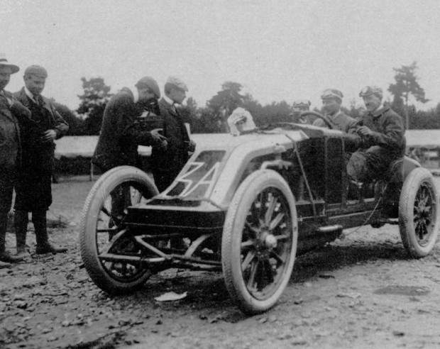 1906 French Grand Prix winning Renault of Ferenc Szisz picture