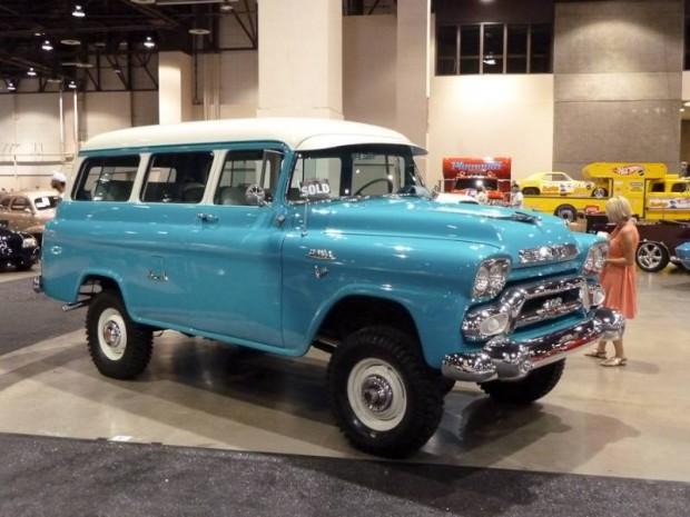 1958 GMC Suburban Napco 4X4