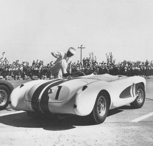 John and Piero Taruffi, Italy's 'Silver Fox' drove the SS. During practice, Fangio gave the car a try, breaking the previous year's record by two seconds. Then Moss went out and did only one second slower than Fangio.