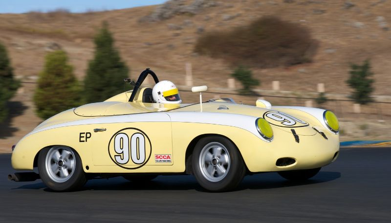 Dale Marcellini's 1965 Autodynamics FV follows Robert Davis in his Lotus Super 7 in two.
