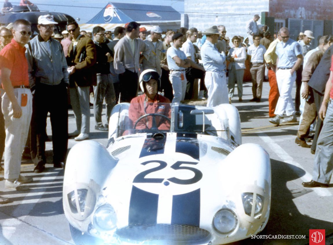 Like the other Maserati's this Tipo 61 failed to finish. It was driven by Dave Causey and Luke Stear. (Photo: www.barcboys.com)