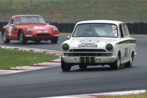 Lotus Cortina/Roger Andriesse leads the TVR Vixon S2/Rick Carlile in Turn 5.
