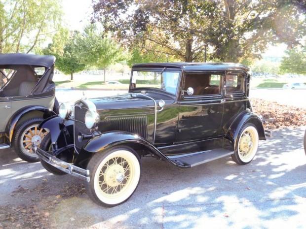 1931 Ford Model A 2-Dr. Sedan Victoria