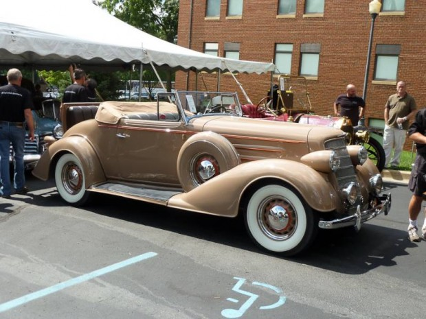 1934 Oldsmobile Eight Convertible Coupe