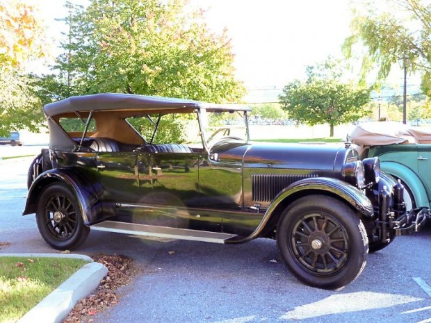 1924 Cadillac Model V-63 Touring Phaeton
