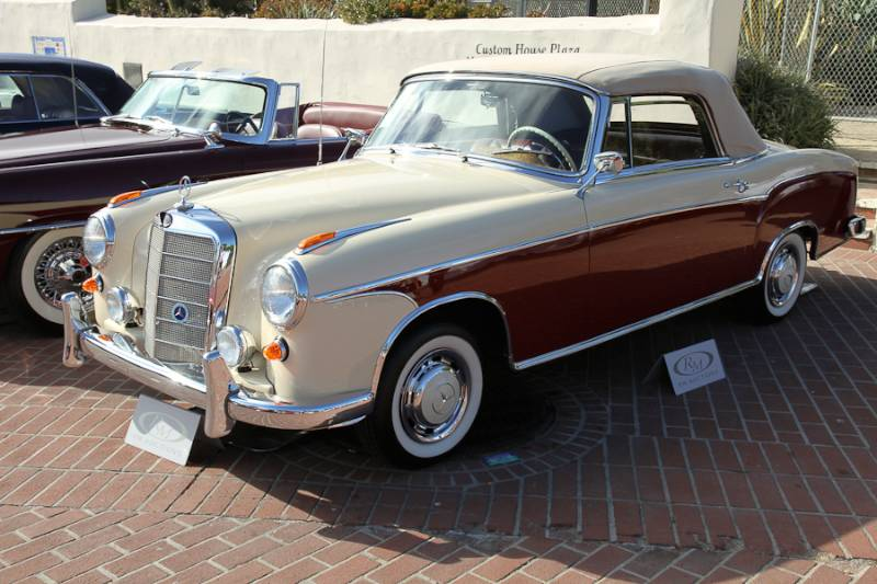 Mercedes benz sold at auction in 2014 for 1957 mercedes benz 220s