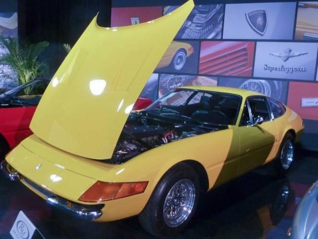 1971 Ferrari 365 GTB-4 Daytona Coupe