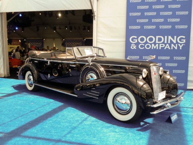1934 Cadillac 452-D V-16 Convertible Sedan