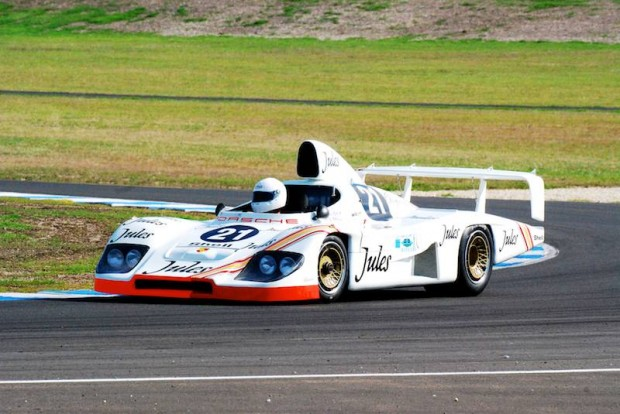 Porsche 936/81 Le Mans winner, turn 4