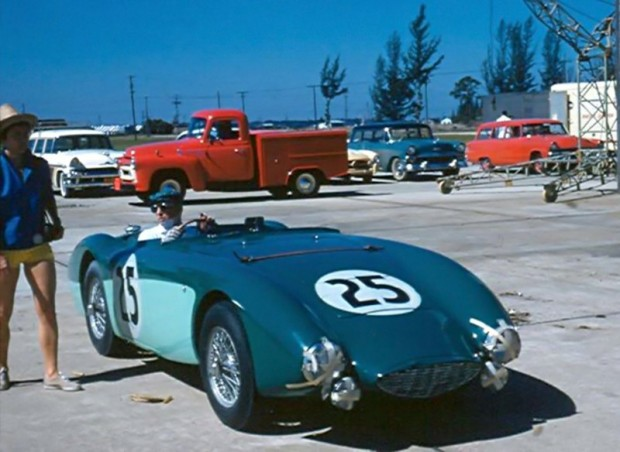 Austin-Healey 100S Special of Gilbert Gietner and Ray Cuomo