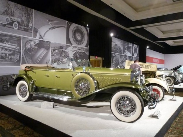 1931 Duesenberg Model J Tourster, Body by Derham