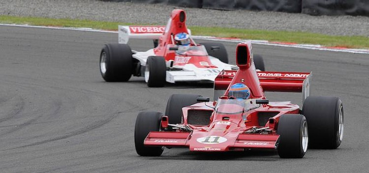 Ken Smith's Lola T332 leading Andrew Higgins' Lola T400 in the first MSC F5000 Tasman Cup Revival Series race at Manfeild