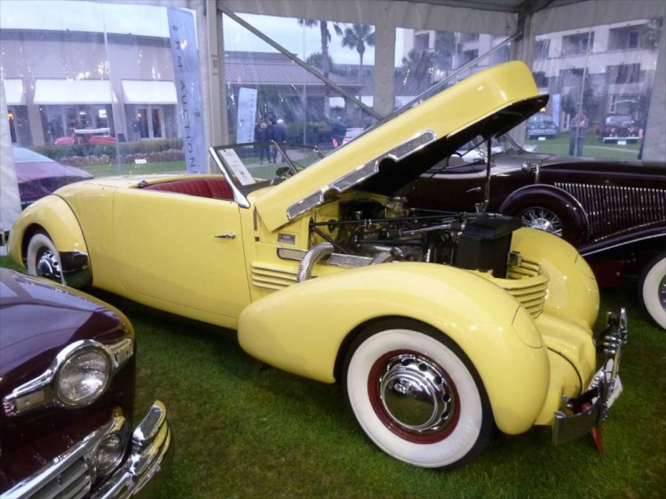1937 Cord 812 Supercharged Cabriolet Sportsman