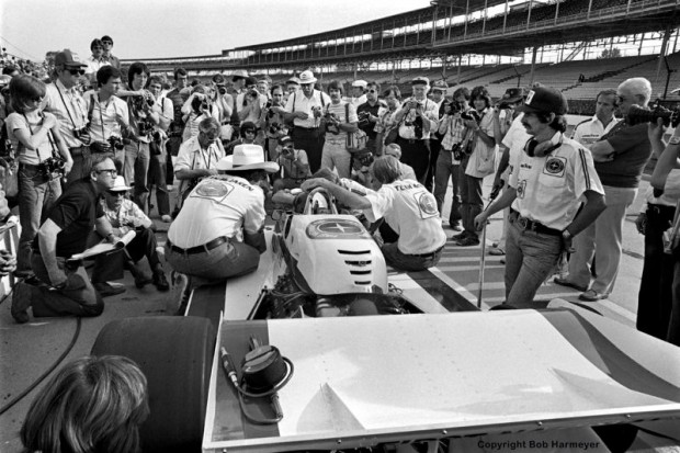 The previous year's winner Johnny Rutherford was an early media favorite in 1977, but could only manage a 17th qualifying spot and was the race's first retirement after just 12 laps.