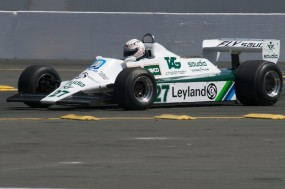 Hamish Somerville in his Williams FW07B in turn 11