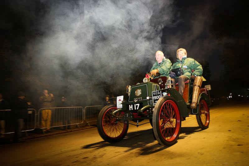 1900 New Orleans driven by Douglas Pope