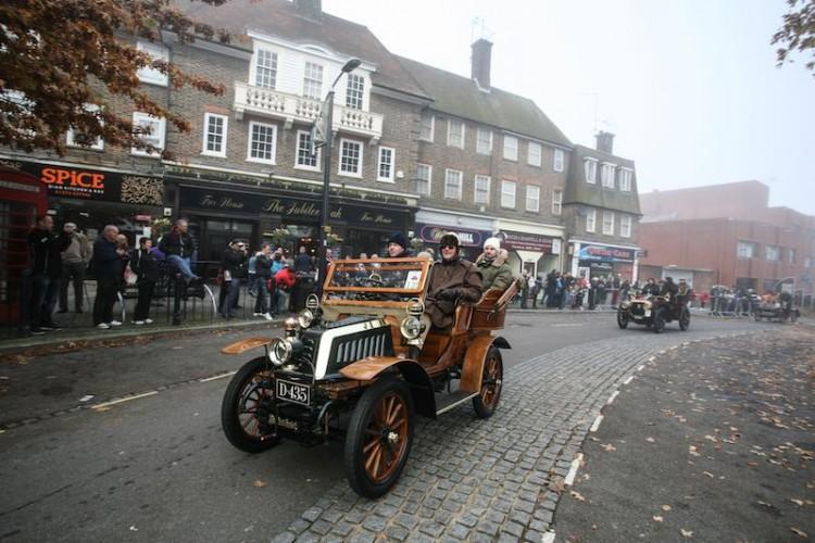 1902 De Dion Buton driven by Michael Sapsford