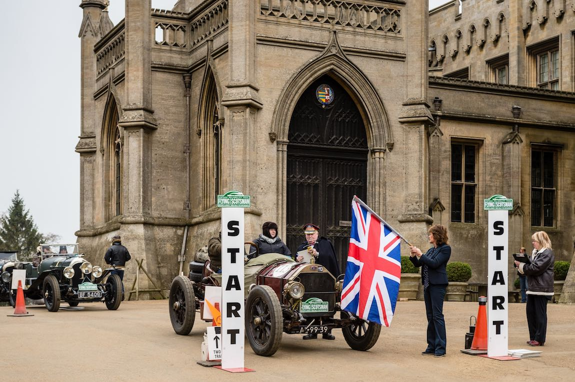 1911 Knox Type R on Start line