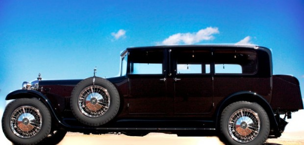 1928 Daimler Double Six V-Windshield Limousine won Best of Show
