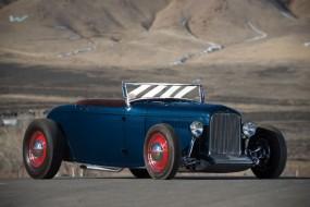 1932 Ford Khougaz Lakes Roadster - Estimate $250,000 - $350,000.