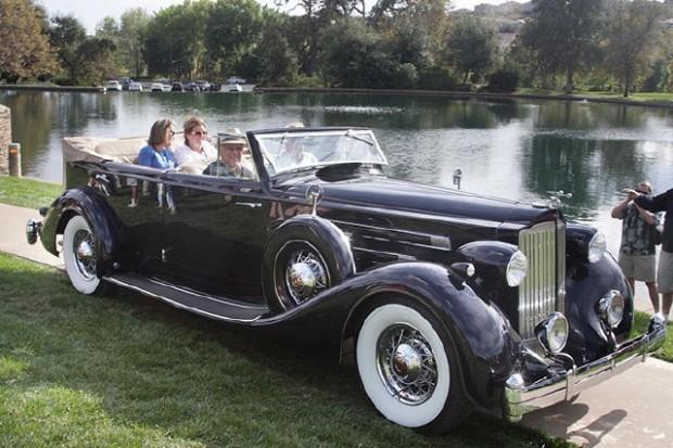 <strong>Tour Favorite Award - 1935 Packard Phaeton, Rick Niello, Sacramento, CA</strong>