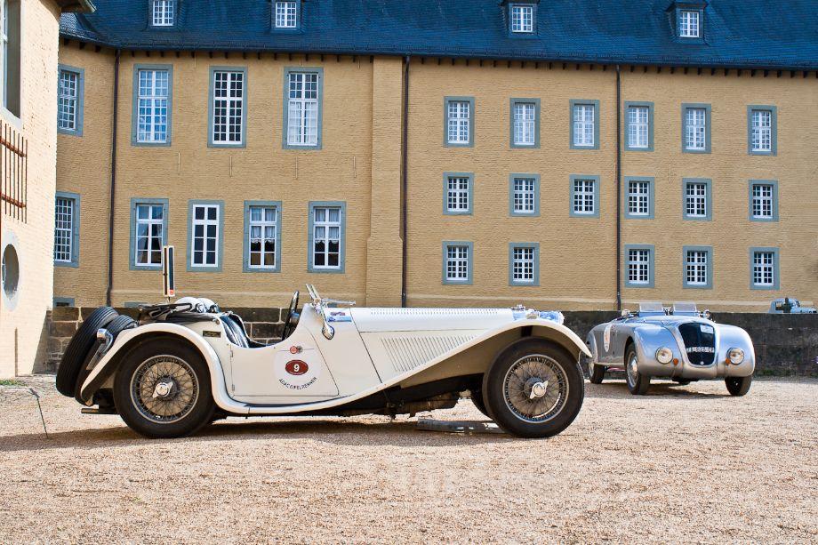 1936 Jaguar SS100 and 1938 Lancia Aprilia Barchetta Touring Superleggera