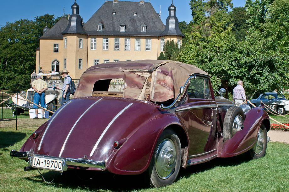 1937 Bentley 4 1/4 Litre Sedanca coachwork by Vanvooren
