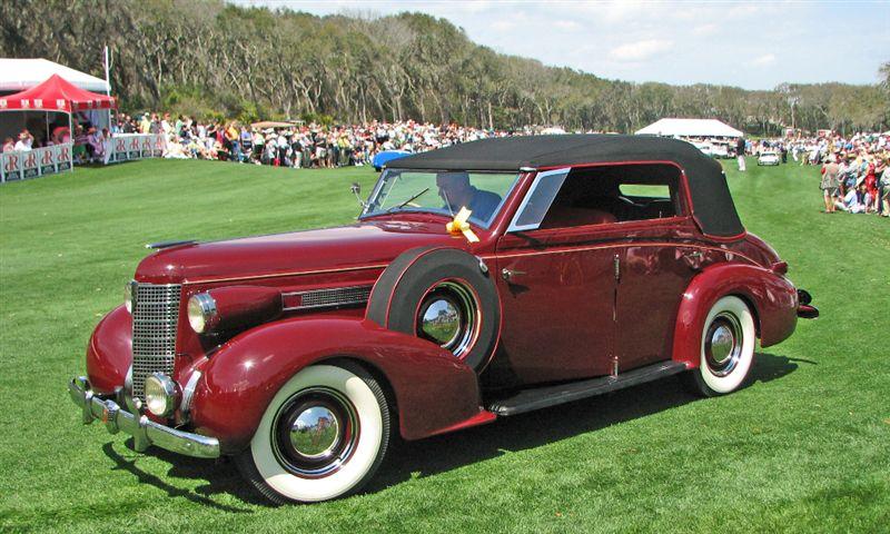 1937 Oldsmobile L-37 Redfern Saloon, John and Jessica Lyons, West Hartford, CT