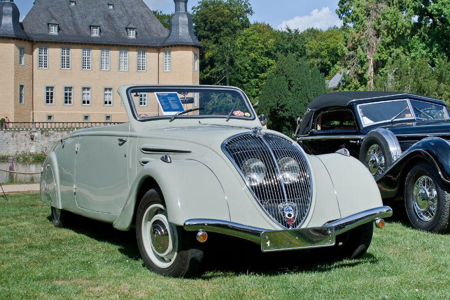 1938 Peugeot 402L Eclipse Limousine