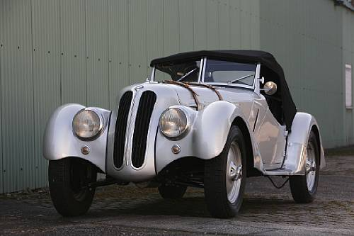 <strong>1938 BMW 328 Roadster Sold for €376,000</strong>